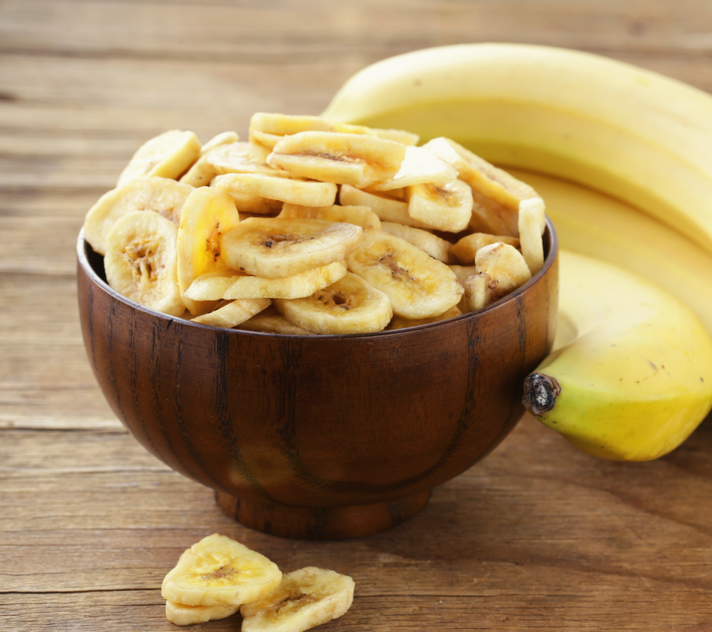 Can Dogs Eat Banana Chips? - Here are the benefits, things to watch out for, and a healthy recipe idea for banana chips for dogs!